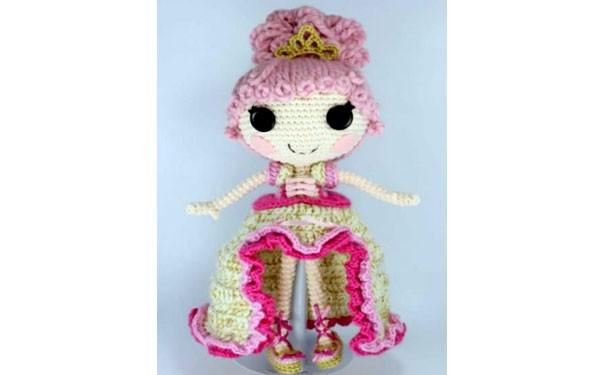 Вязаная крючком кукла Goldi. Описание