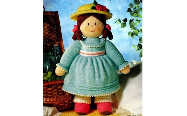 Вязаная спицами кукла Эмили. Описание