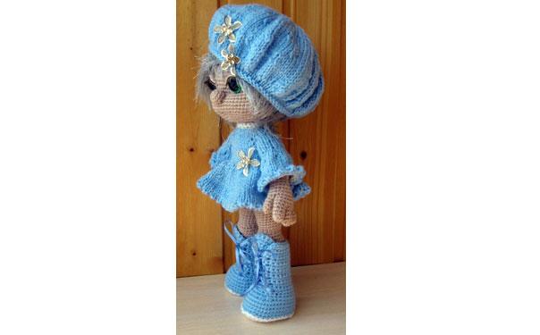 Вязаная кукла в голубом. Крючком.Схема