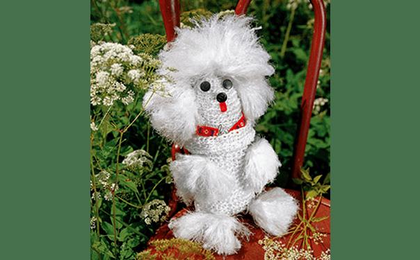 Вязаная собака белый пудель. Описание