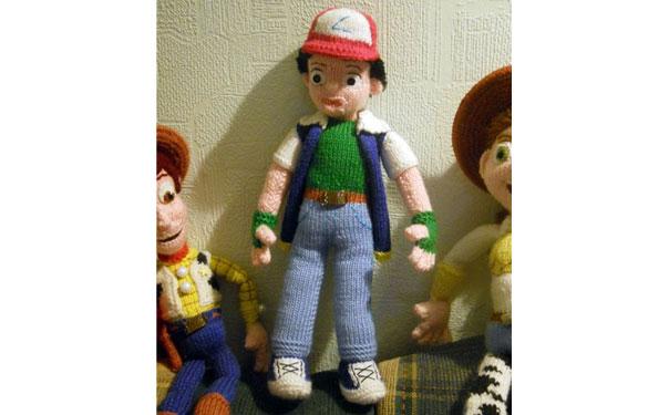 Вязаная спицами кукла. Эш покемон. Описание