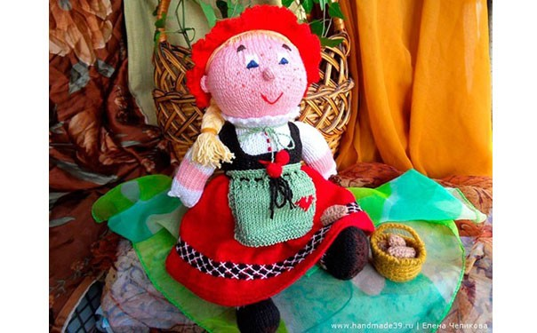 "Вязаная кукла ""Красная шапочка"". Описание"