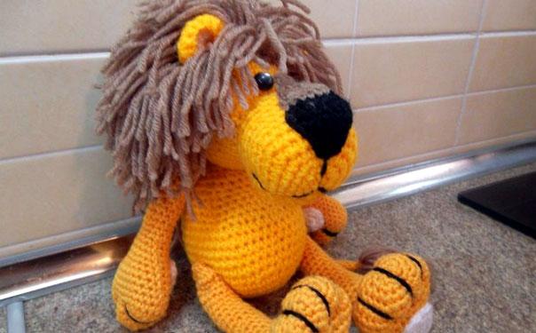 Желтый лев. Крючком. Схема