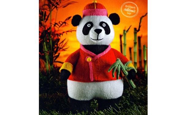 Вязаная спицами панда. Описание
