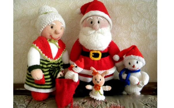 Вязаные Санта Клаус и миссис Клаус. Описание
