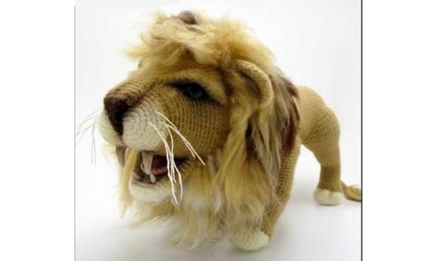 Вязаный реалистичный лев. Схема
