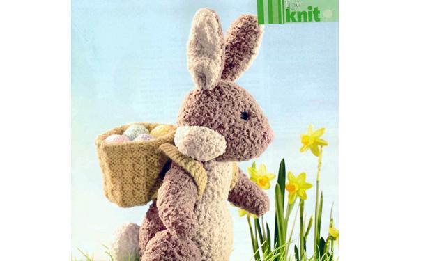 Вязаный спицами пасхальный кролик