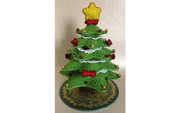 Вязаная крючком рождественская елка. Описание