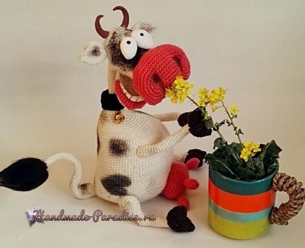Вязаная Веселая корова