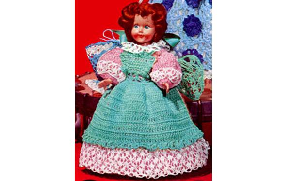 Вязаное платье для куклы Дженни. Схема