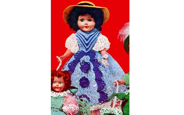 Вязаное милое платье для куклы Женевьевы. Схема