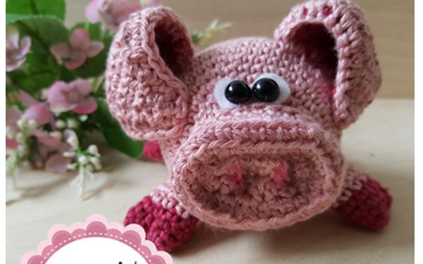 Еще одна свинка вязаная крючком. Схема