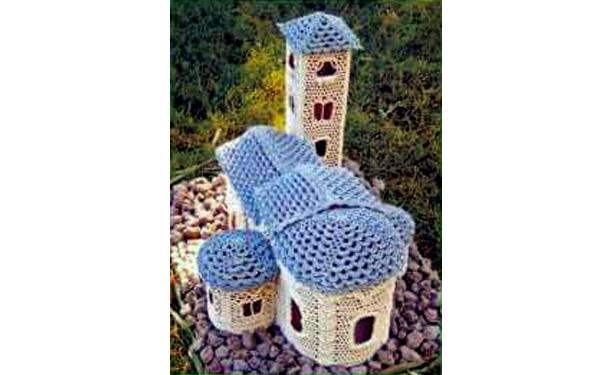 Вязаный дом с голубой крышей. Схема