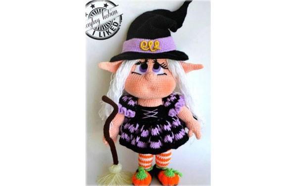 Вязаная кукла Ведьмочка-милашка