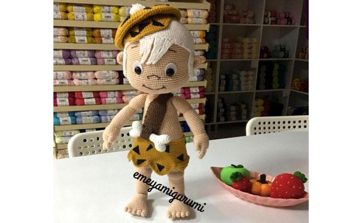Вязана кукла Пещерный мальчик Бам-Бам