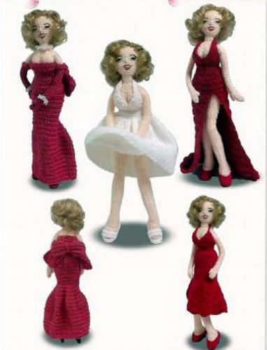 Вязаная кукла Мэрилин Монро