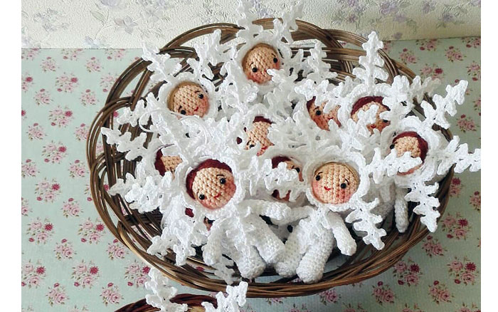 Вязаные куколки-снежинки. Схема