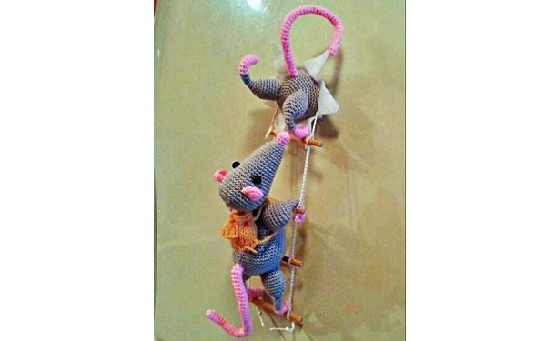 Вязаные мышки-воришки. Схема