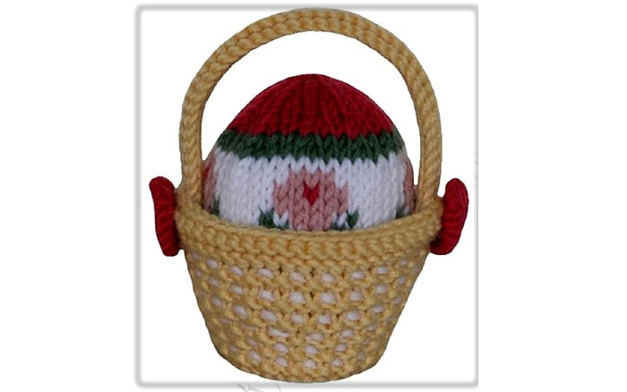 Вязаный пасхальный сувенир Яйцо в корзинке. Схема